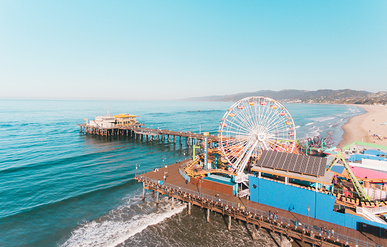 a photo of the santa monica pier